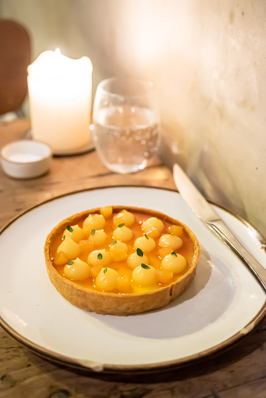 Lemon tart in romantic candle light