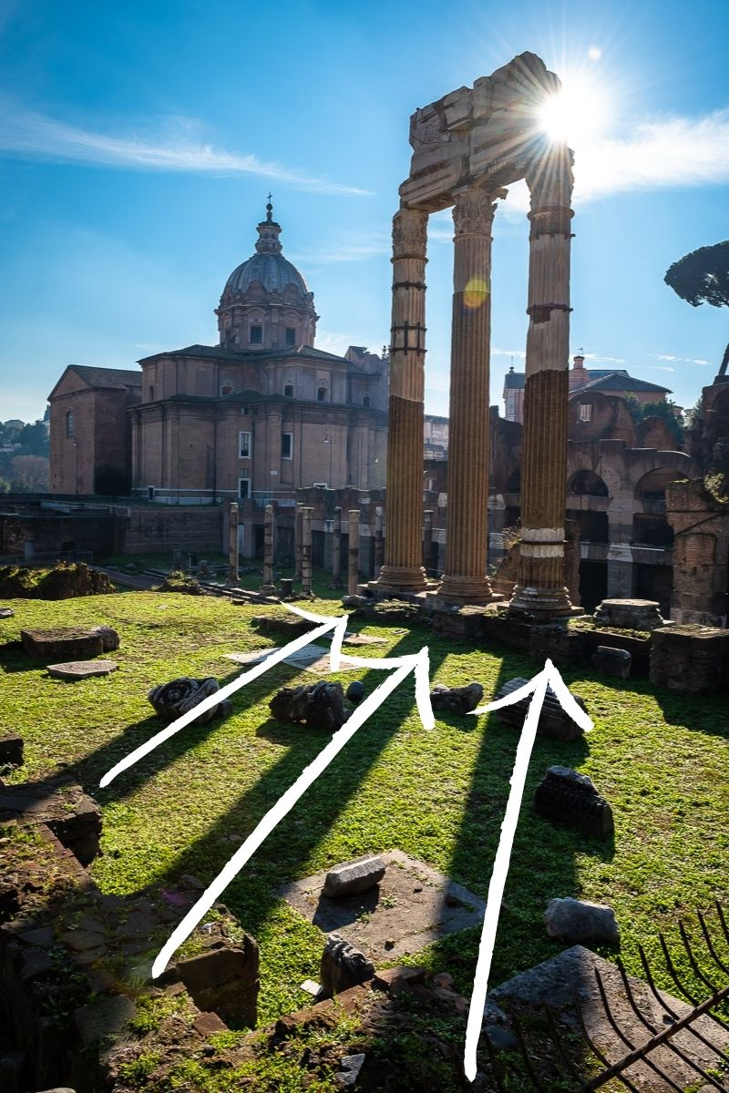 Example of leading lines in travel photography, Roman columns