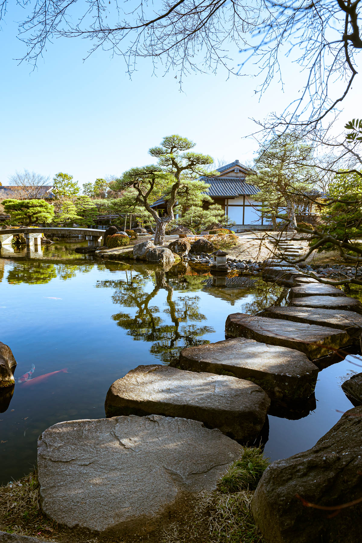 Example of leading lines in travel photography, japanese garden